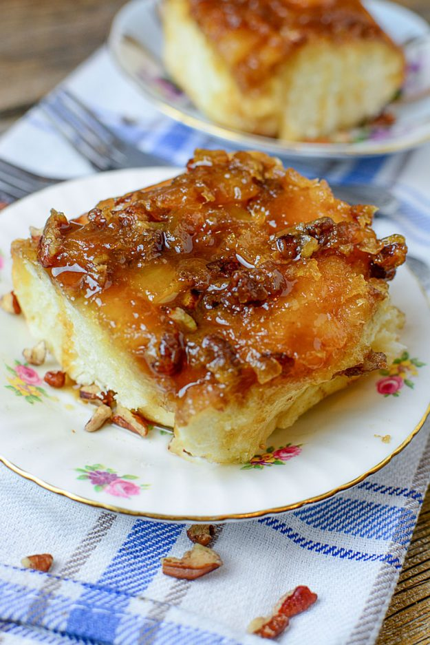 These are THE BEST sticky buns I've ever had: Pineapple Pecan Sticky Buns