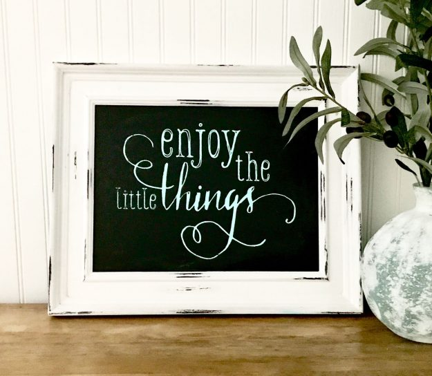 How to make an easy sign with Chalk Couture