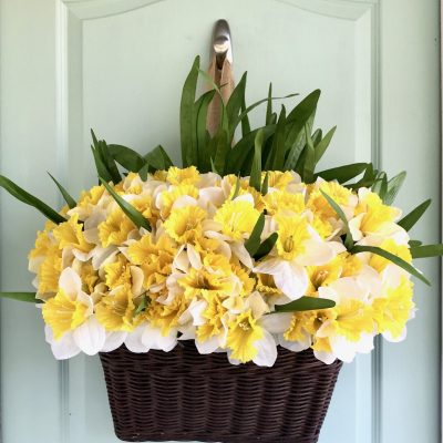 Easy Bicycle Basket Inspired Spring Wreath
