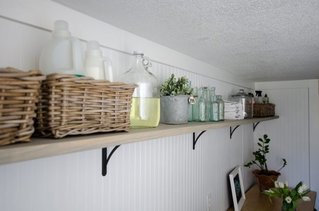 Gorgeous Farmhouse Laundry Room Makeover for under $200!